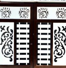 White gate design