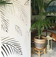 palm leaf grill partition design