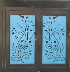 curl metal gate design